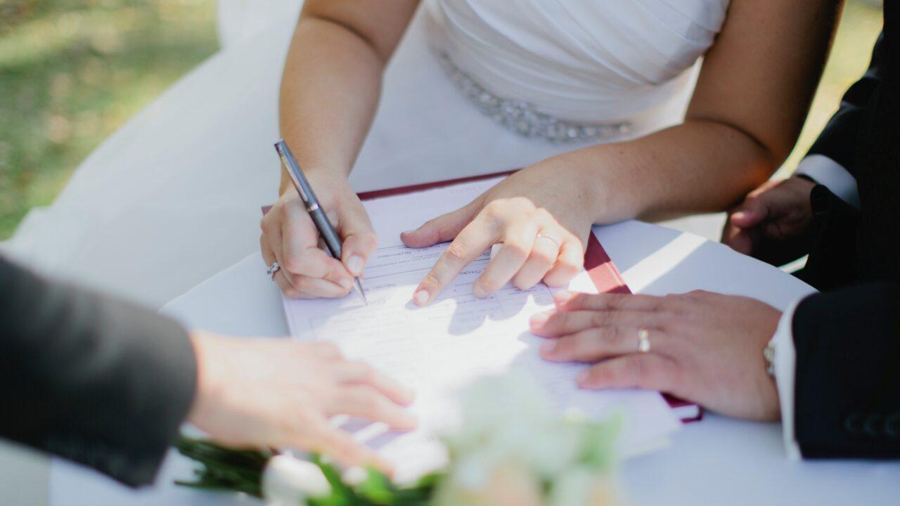Брачный контракт. Права и обязанности супругов по брачному договору.
