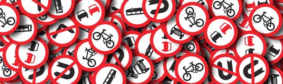 Возможность избежать административной ответственности за нарушение ПДД: позиция ВС.