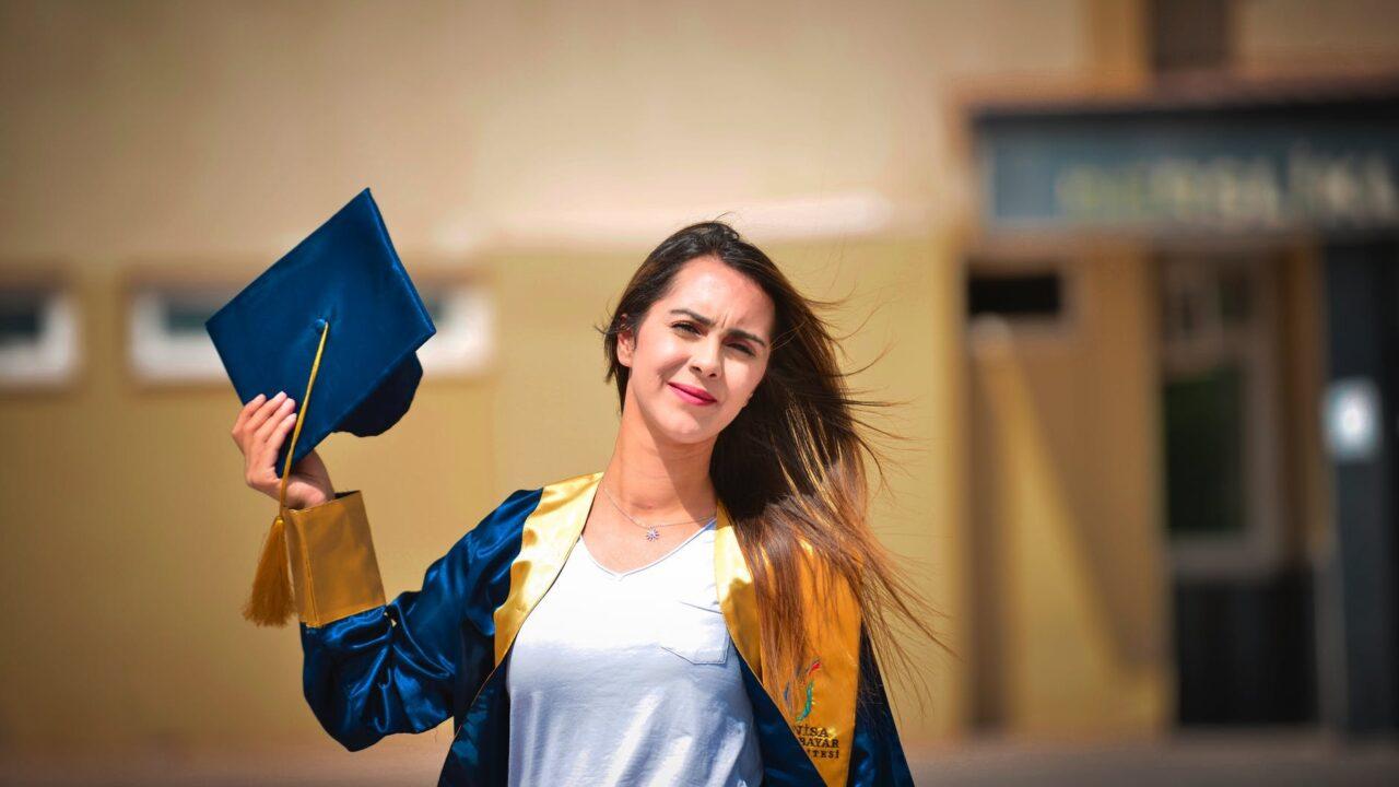 Легализация дипломов о среднем и высшем образовании, выданных на оккупированной и неподконтрольной территории Украины.