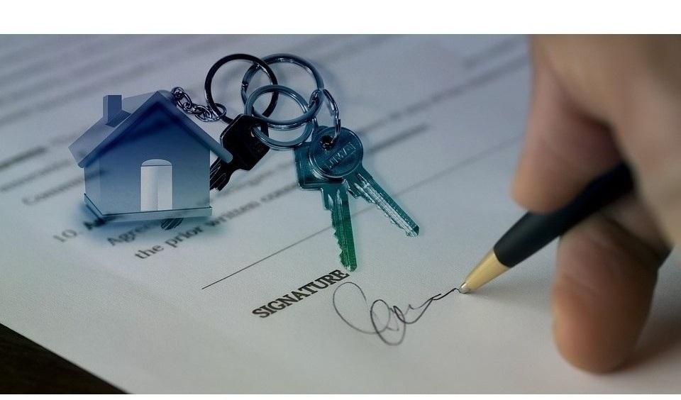 Сделки с отчуждения имущества родственникам могут быть признаны недействительными.