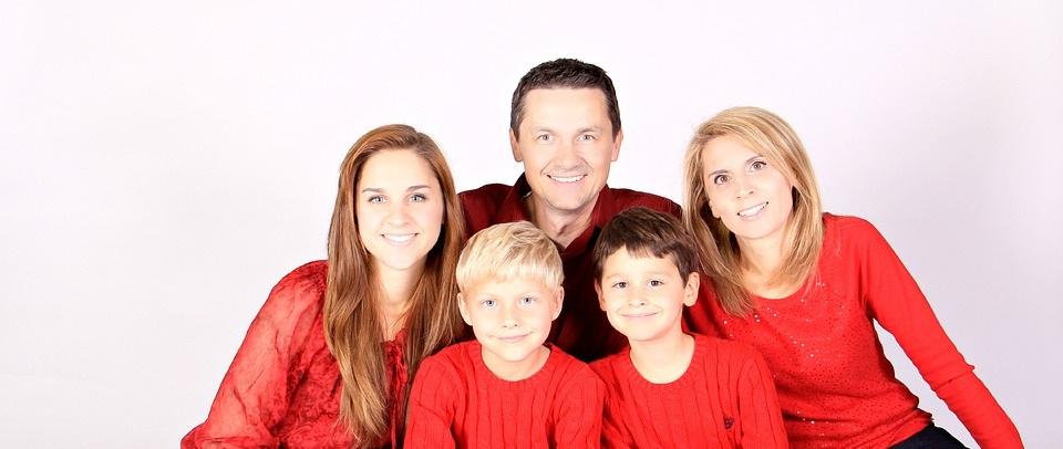 Подтверждение факта проживания одной семьей: практика Верховного Суда.