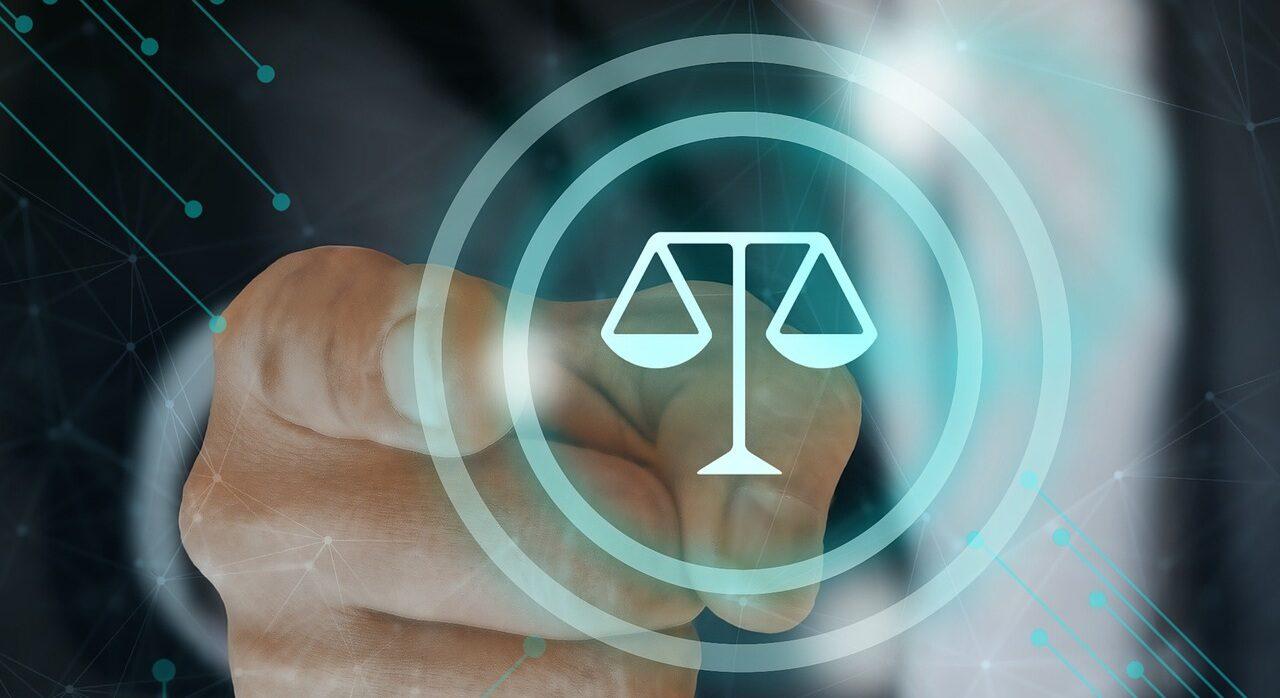 Заявление отвода судье не является доказательством давления или влияния на судью.