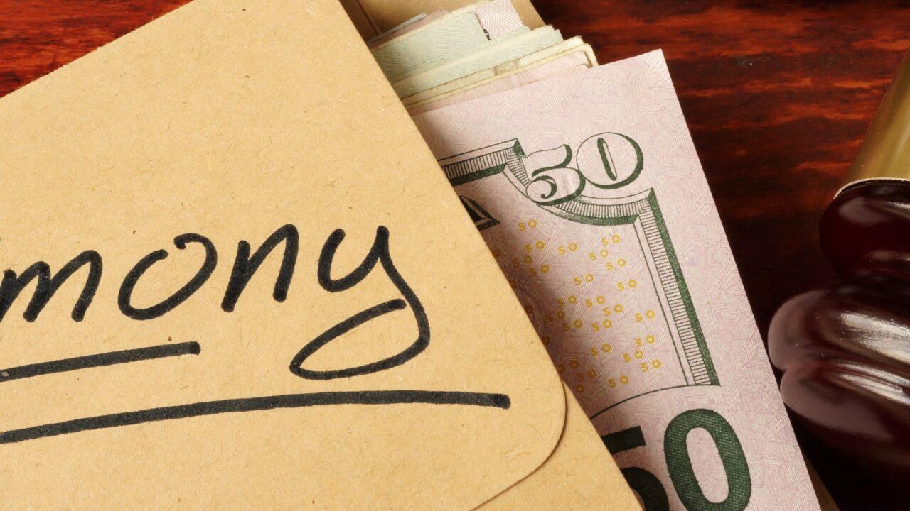 Алименты с доходов от продажи недвижимости: платить или нет?